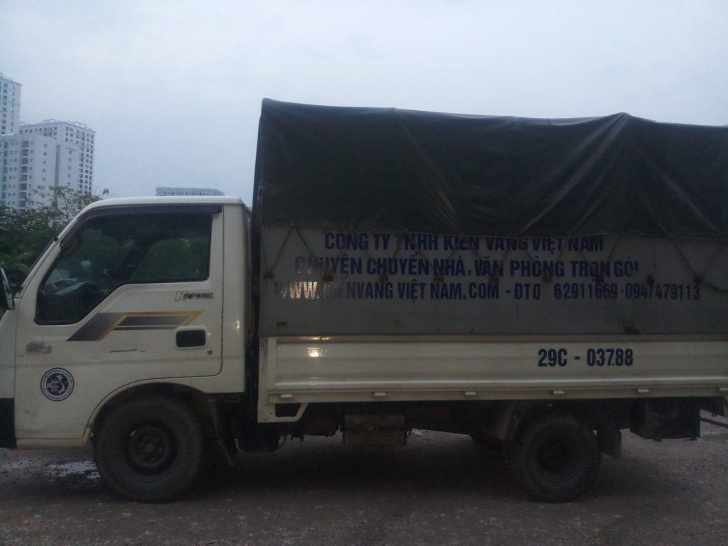 xe tải chuyển nhà kiến vàng